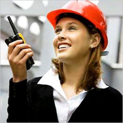 Почему рации для строителей – необходимый атрибут?