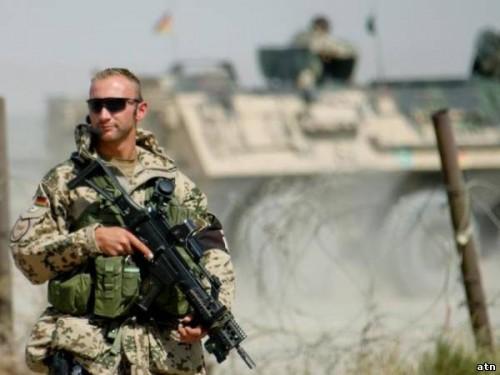 Запрет мобильной связи в армии: что делать, когда солдат остается без телефона?