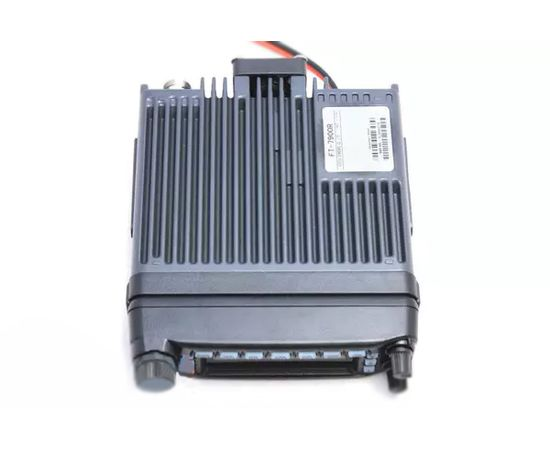 Автомобильная радиостанция Yaesu FT-7900R (dual band)